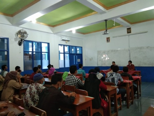 SMK Wongsorejo Wongsorejo Adakan Pembekalan PKL ke luar kota di PT Mada Wikri Tunggal & PT Morita Cokro Gearindo, Upaya Sekolah Dalam Mempersiapkan Mental Peserta Didik