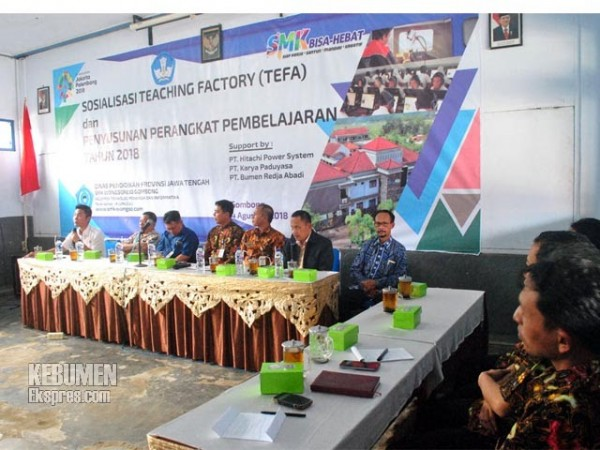SMK Wongsorejo Gelar Workshop Teaching Factory