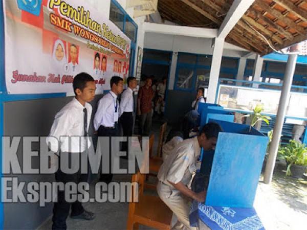 SMK Wongsorejo Laksanakan Pilkasis Online